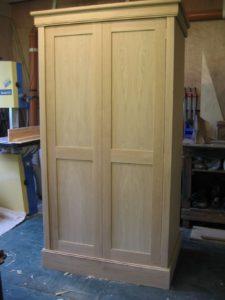 oak-wardrobe